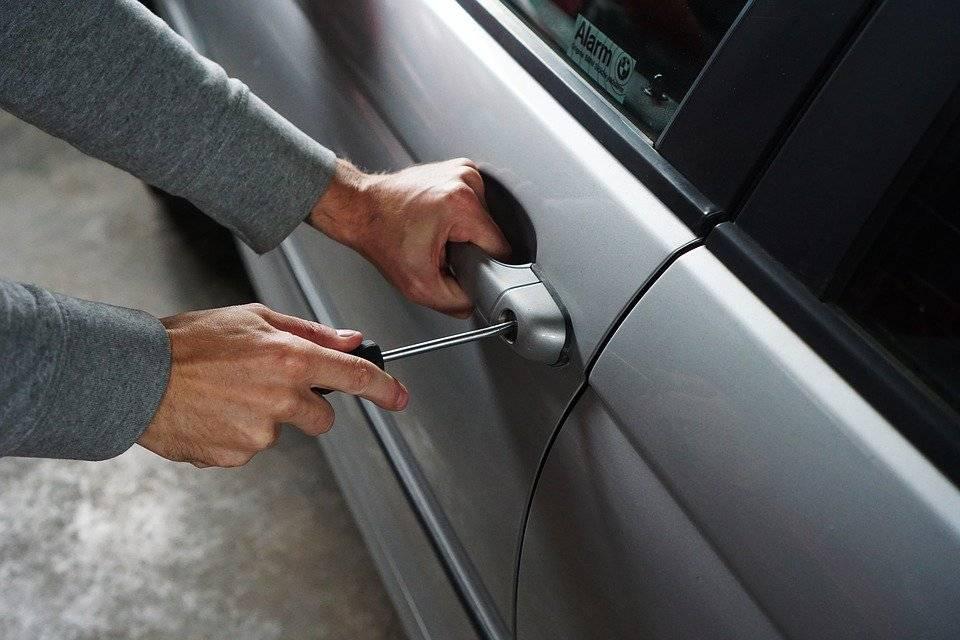 Кража катализатора— это новая беда для автовладельцев. как отэтого защититься?