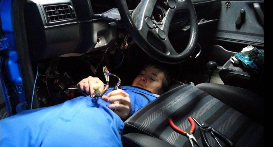 Машина бьется током, что делать?: drive2