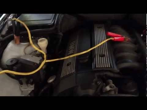 Как завести машину в мороз, если сел аккумулятор одному - инструкция 2021 года