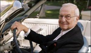 Скончался создатель Ford Mustang Ли Якокка