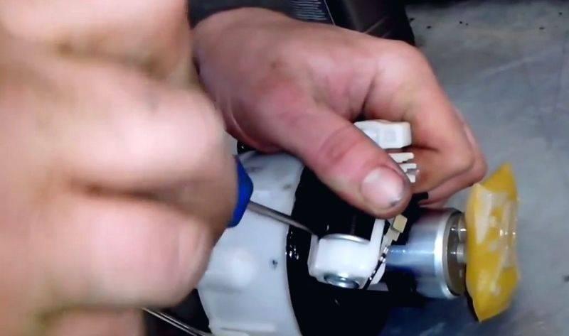 Топливный фильтр на киа соренто: где находится, замена - автоэксперт - kianova