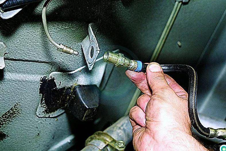 Замена тормозного шланга ваз 2107 переднего колеса