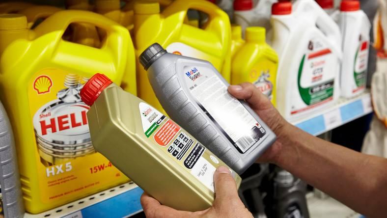 Моторное масло: как выбирать и когда менять. советы экспертов зр. как выбрать масло для машины?