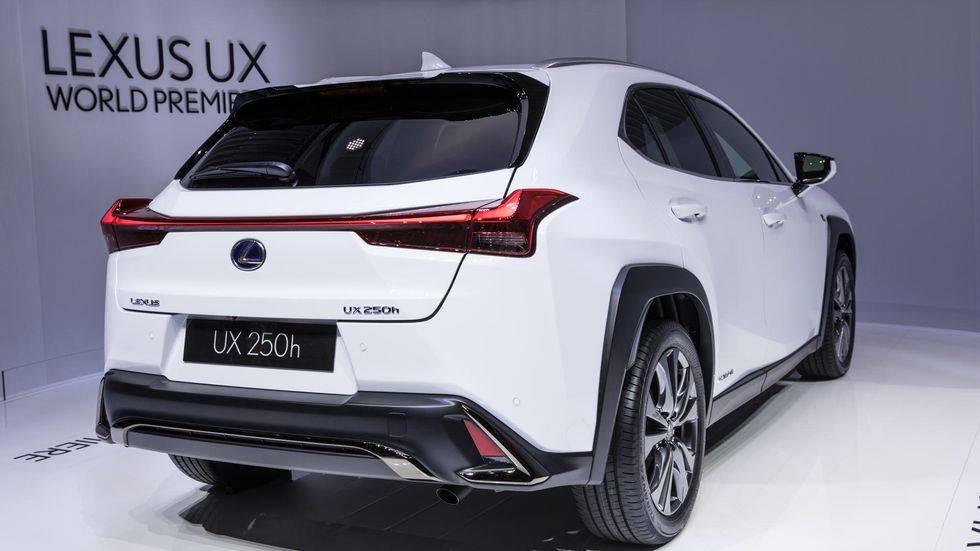 Первым электромобилем lexus стал ux 300e