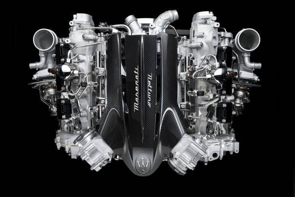 Maserati не собирается отказываться от бензиновых двигателей