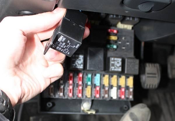 Сигнализация блокирует запуск двигателя: что делать