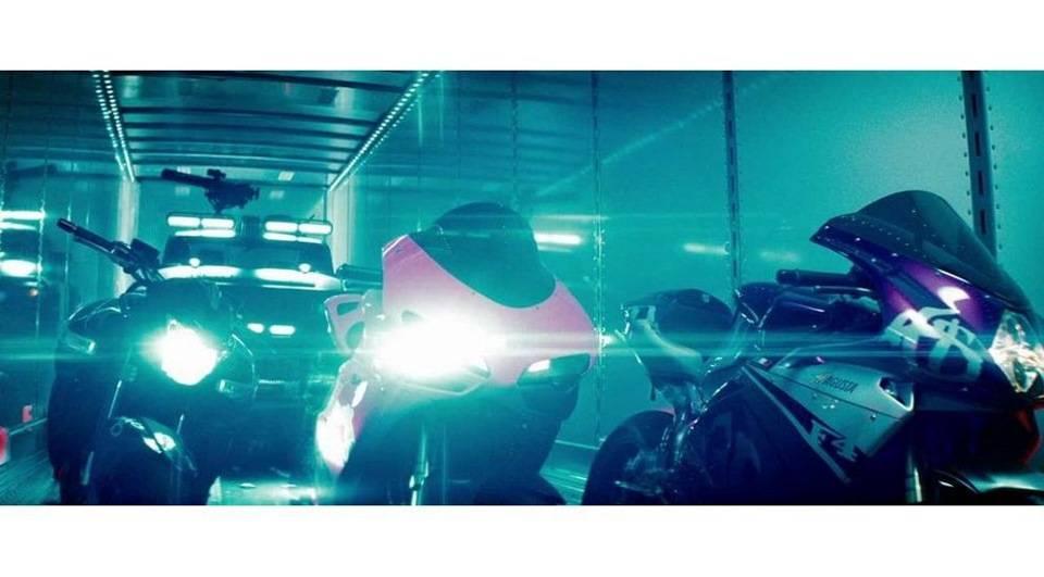 Трансформируюсь, активация: все автомобили из «трансформеров. машины из фильма трансформеры какой грузовик оптимус прайм