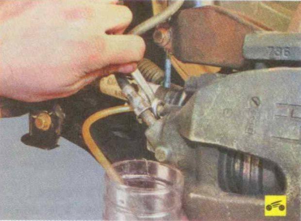 Причины и особенности замены тормозных шлангов на ваз 2110