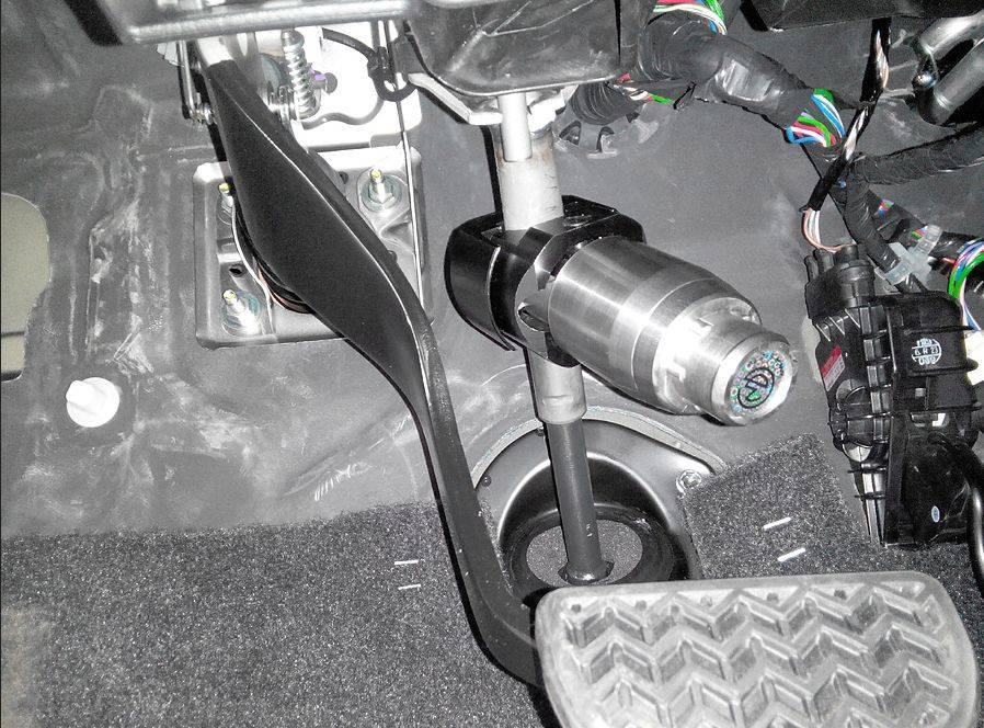 Установка блокиратора тормозов от 12 000 руб в авто техцентре зиеста