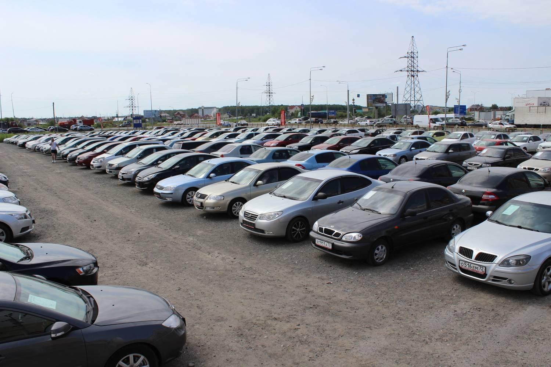 Эксперты назвали автомобили, которые чаще всего продаются со скрученным пробегом