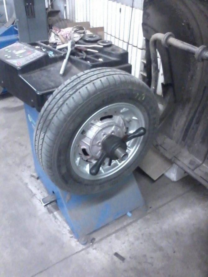 Балансировка колес своими руками в домашних условиях