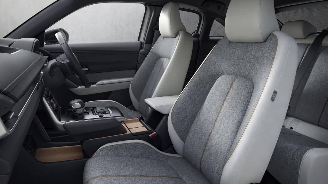 Mazda mx-30 стал первым в мире электрокаром с роторным двигателем - 4pda