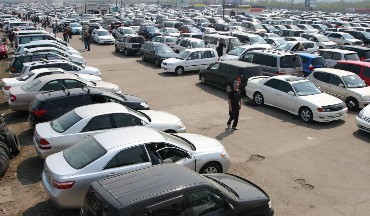 Автомобили с пробегом стали продавать в пять раз чаще, чем новые