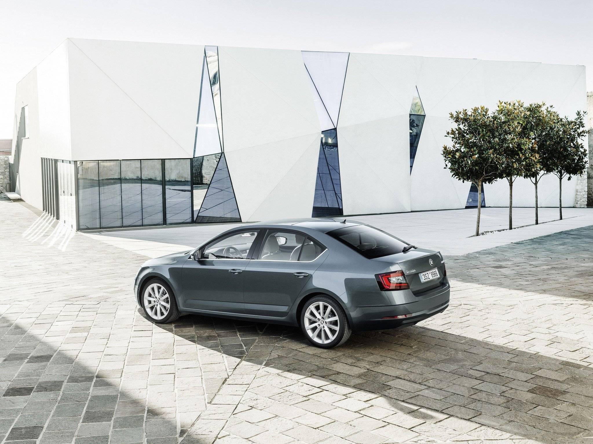 Что купить вместо новой Skoda Octavia: пять лучших альтернатив со вторичного рынка