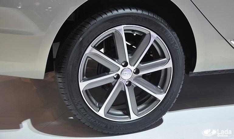 Меняем колёсные диски на редакционной lada vesta - мой солярис