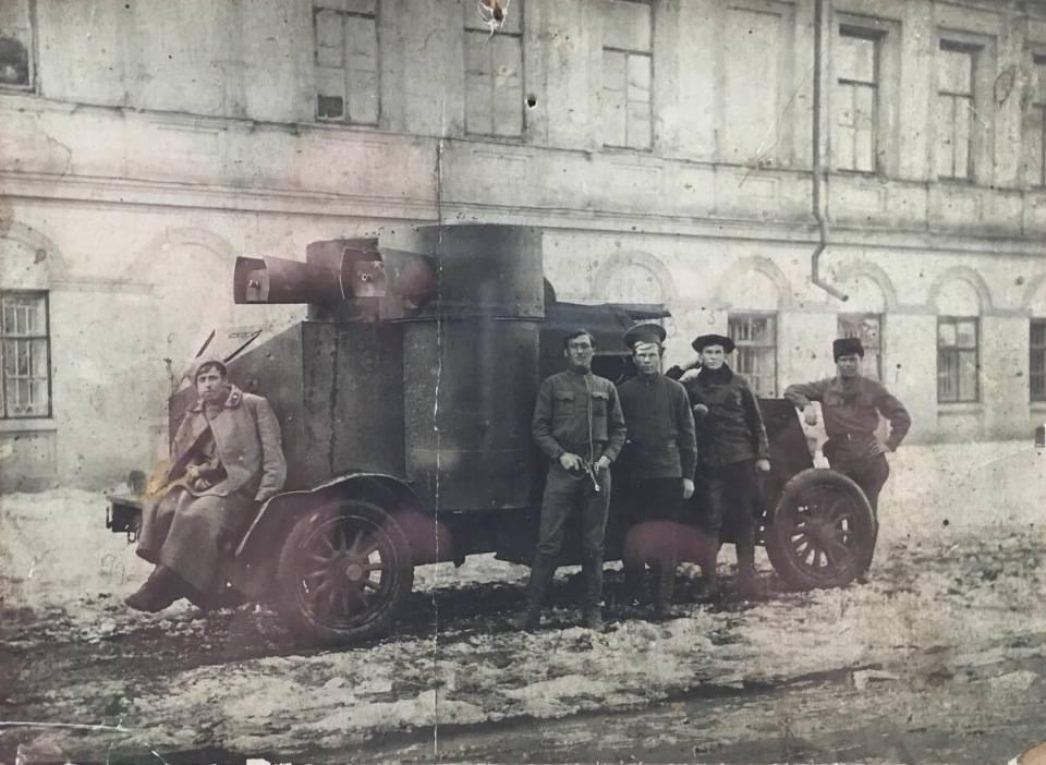 Истоки танкостроения. броневик для русской армии