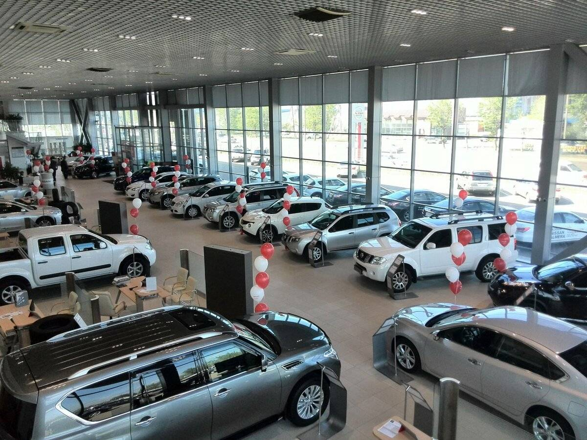 Миллионерские обноски: топ-5 дешевых премиальных авто на российской вторичке