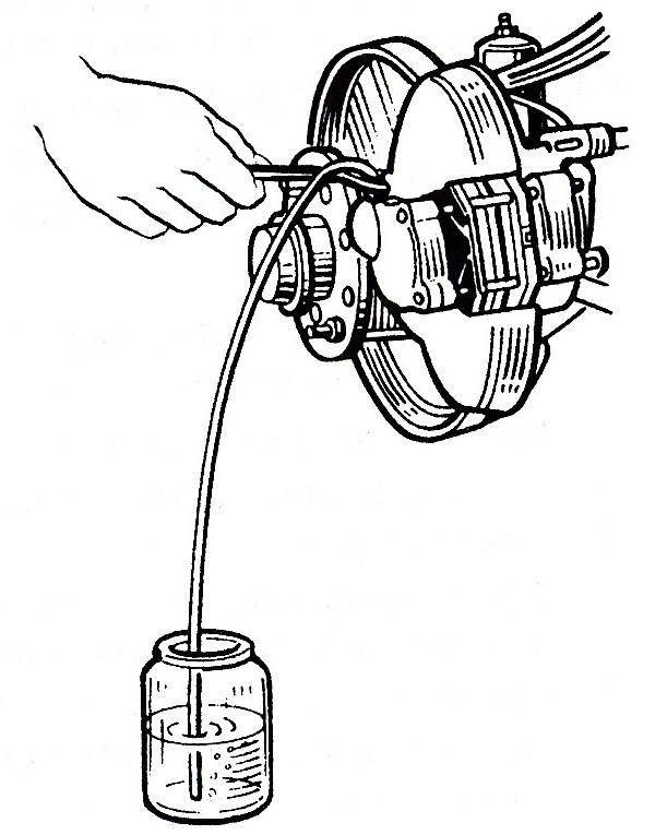 Воздух в тормозной системе автомобиля, что делать?