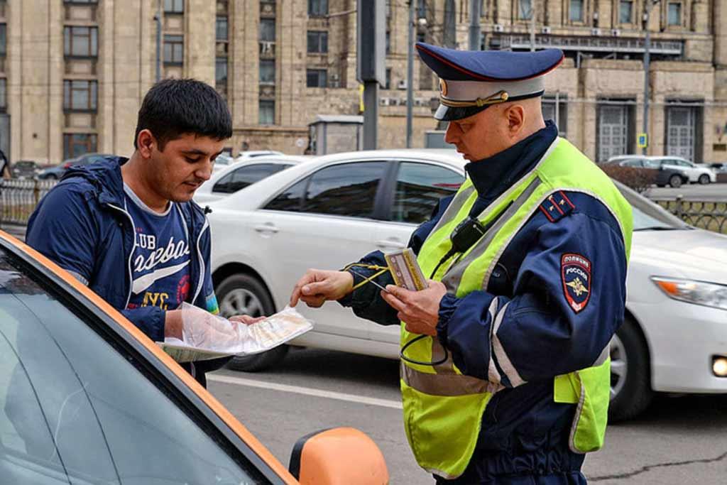 Штраф за управление транспортным средством без водительских прав в 2019 году