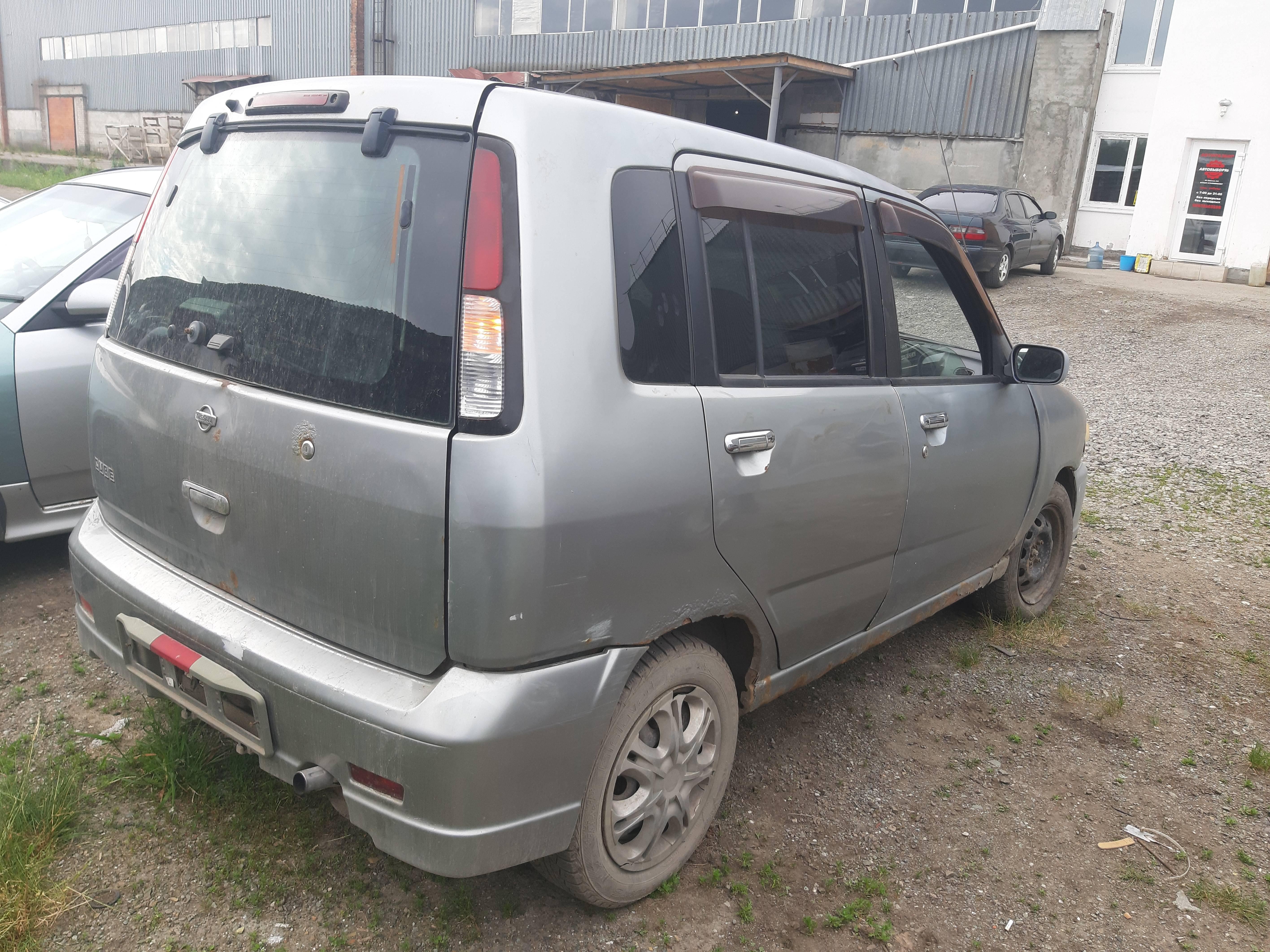 Городской «житель» Nissan Cube Z10: стоит ли его покупать