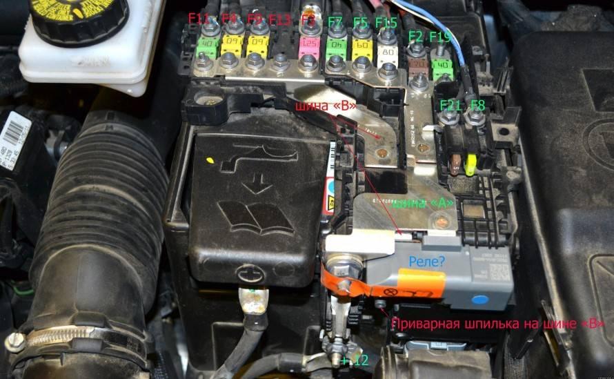 Почему не горит лампа аккумулятора при включении зажигания и что делать