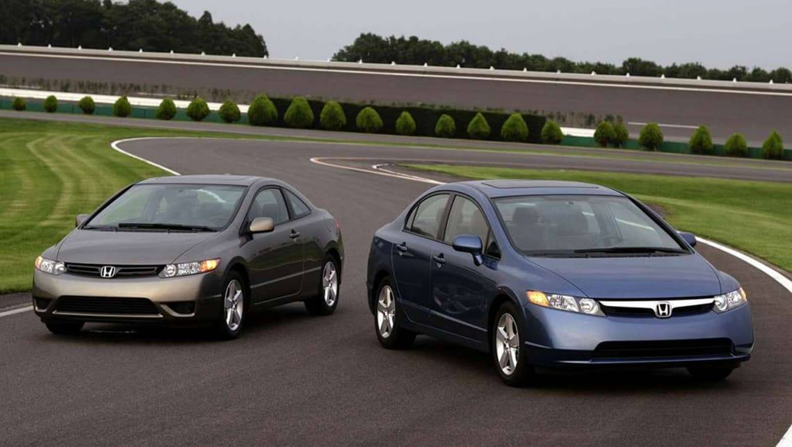 10 автомобилей из 90-х, не уступающих по комфорту современным