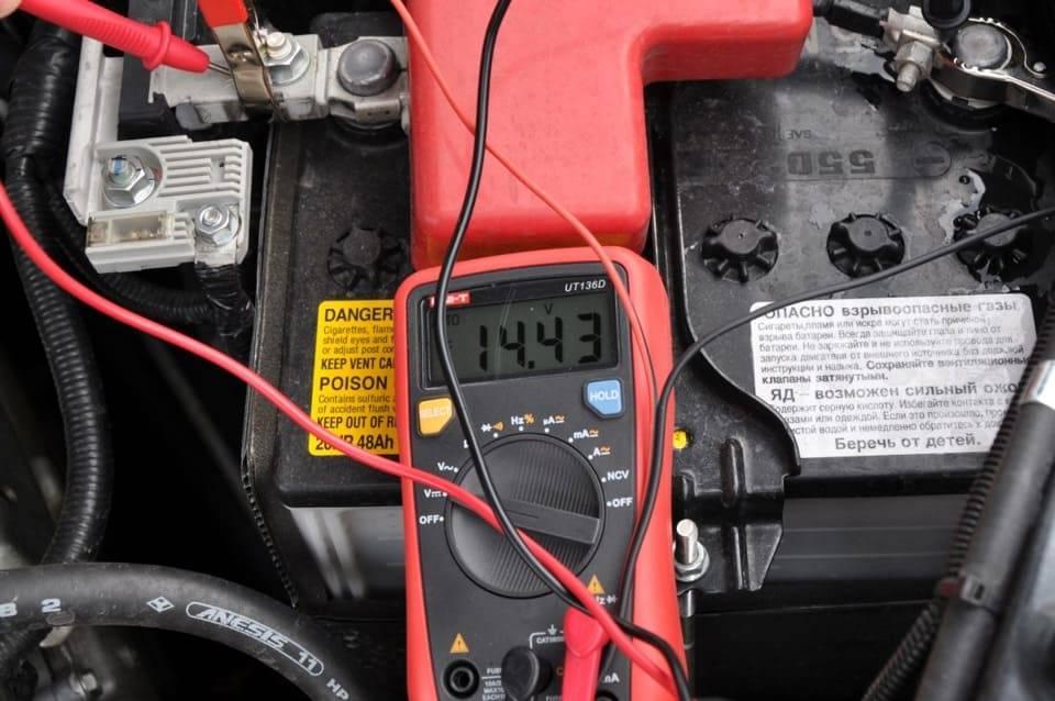 Перезаряд аккумулятора от генератора, прыгает и повышенное напряжение в бортовой сети автомобиля