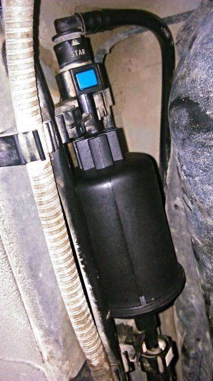 Замена фильтра тонкой и грубой очистки бензонасоса в автомобиле ford focus 2