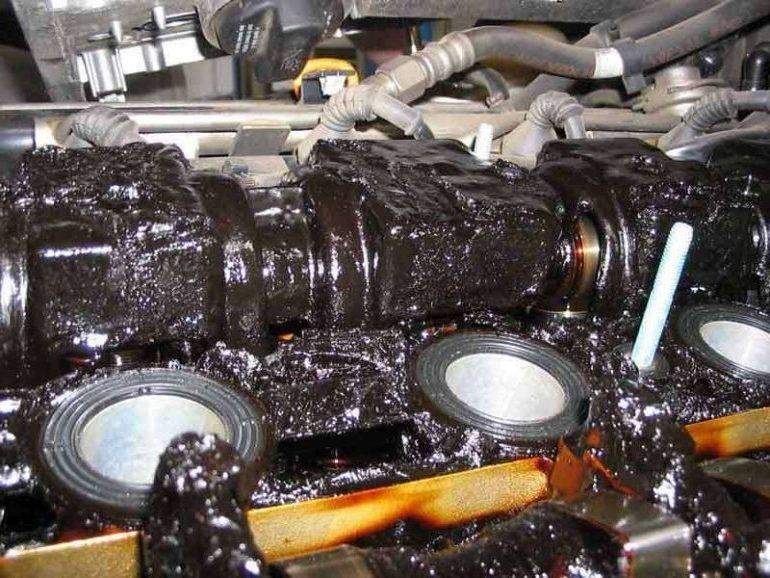 Что будет, если залить дизельное масло в двс на бензине?