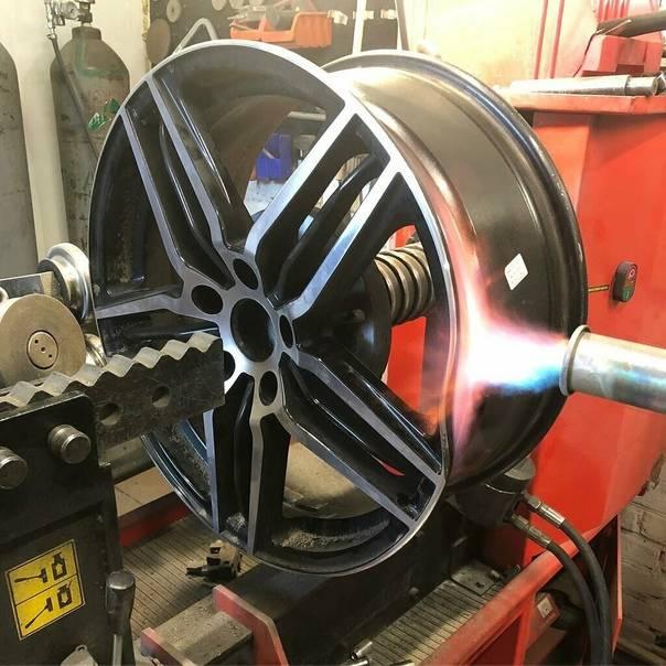 Правка и восстановление литых дисков своими руками