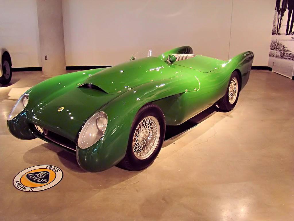 Lotus carlton - вики