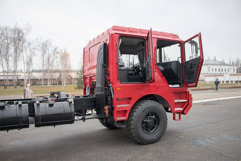 Новая разработка от «АвтоКрАЗ» — вездеходное шасси