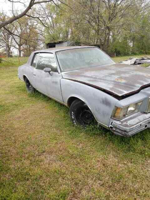 Душещипательная история Chevrolet Monte Carlo, пережившего два ужасных ДТП