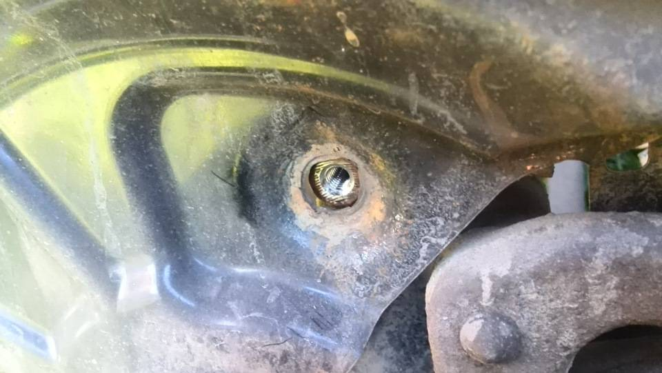 «Шкода» отзывает старые авто: как определить дефектную машину