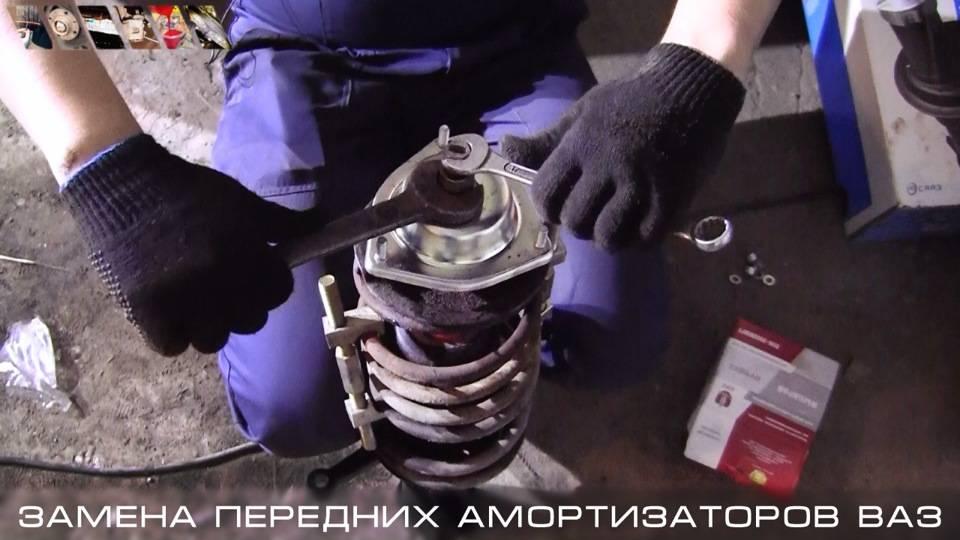 Как разобрать амортизатор и заменить или отремонтировать его части: пружину или опорный подшипник, отбойник, шток и прочее