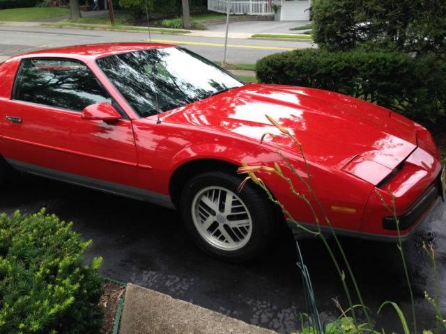 Pontiac fiero: поколения, кузова по годам, история модели и года выпуска, рестайлинг, характеристики, габариты, фото - carsweek