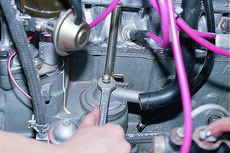 Давление масла в двигателе ваз 2106 поиск проблем