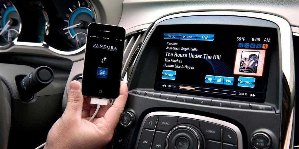 Как подключить телефон к магнитоле в машине: через блютуз, aux, usb
