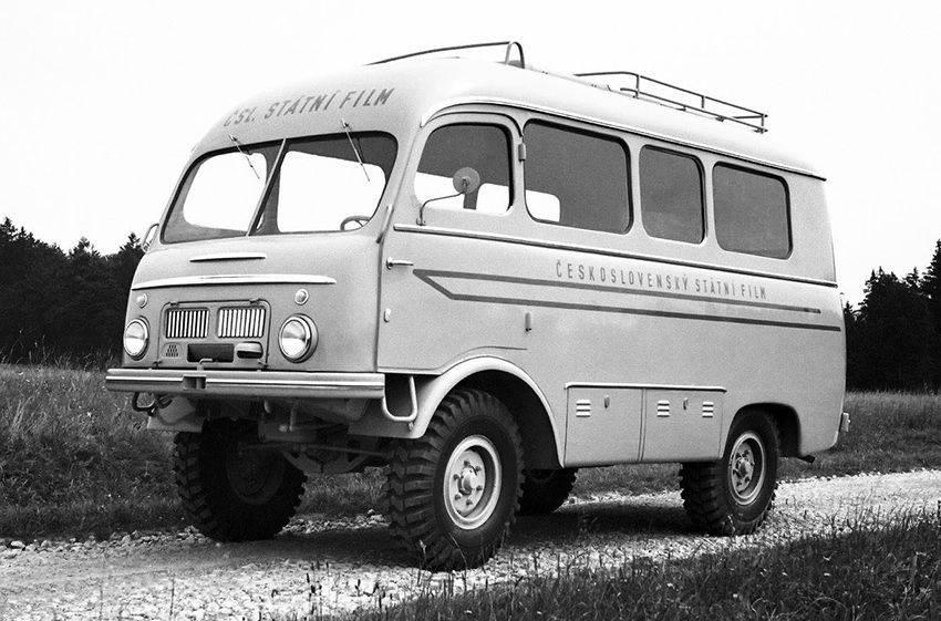 Топ 15 лучших микроавтобусов для семьи и путешествий - рейтинг на 2021 год