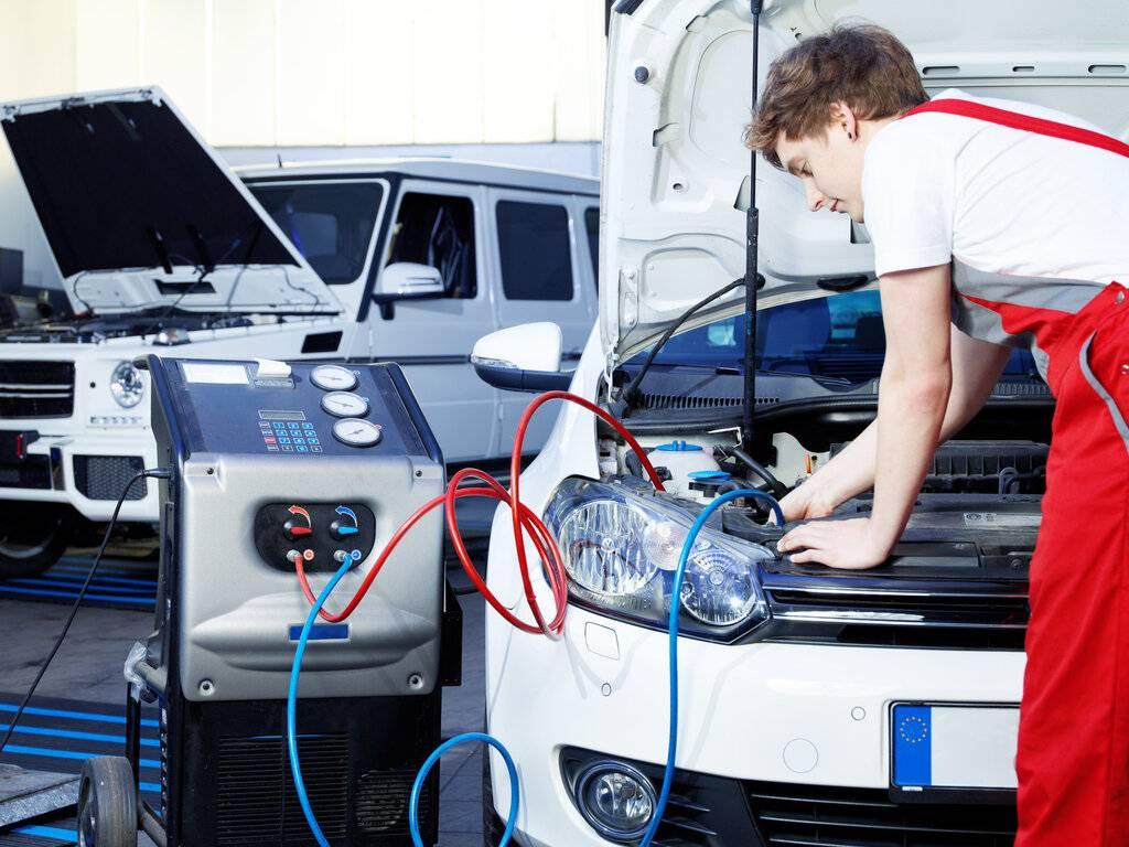 Как правильно включить кондиционер в машине летом: инструкция