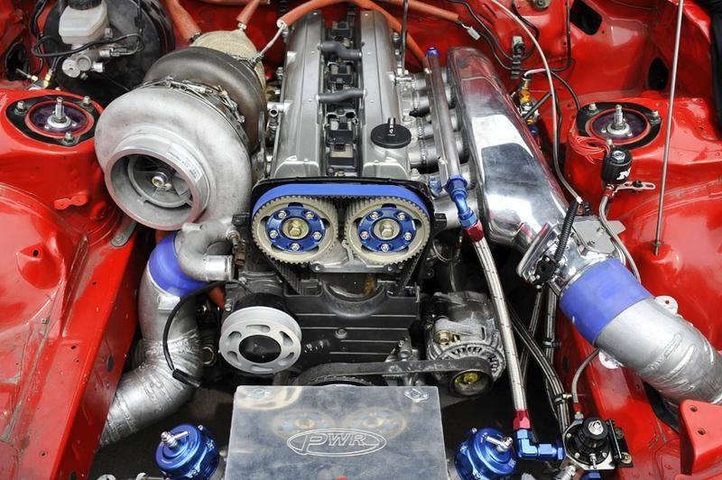 Какой двигатель лучше атмосферный или турбированный?