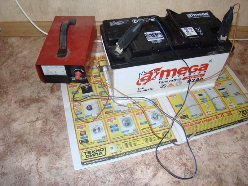 Как заряжать аккумулятор в домашних условиях