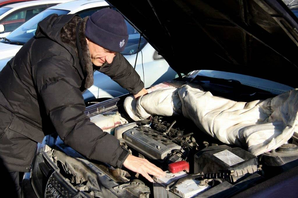 Как завести машину в мороз: основные способы запуска двигателя