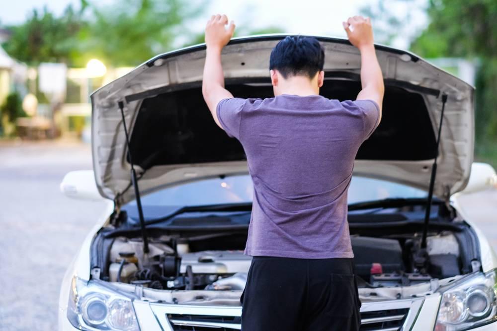Как проверить автомобиль перед покупкой на кредит и угон?