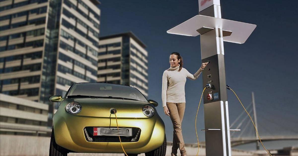 «через 10—20 лет мы все будем ездить на электромобилях»