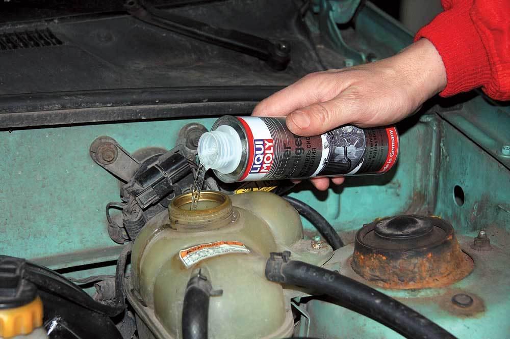Чем лучше промыть двигатель перед заменой масла: средства, руководство, рекомендации