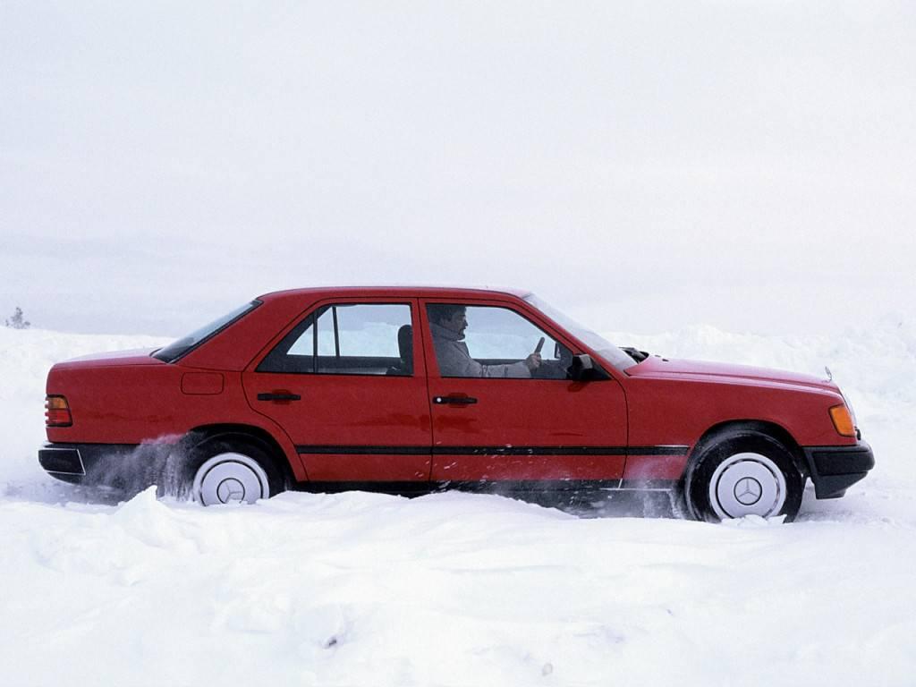 Mercedes-benz w124 с пробегом: какой мотор выбрать, и доживают ли акпп до наших дней. отличительные особенности автомобиля мерседес w124 двигатель на 124 мерседес какой