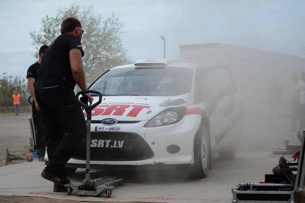 Как устроен гоночный раллийный автомобиль (13 фото). брутальные «неженки»: как обслуживают раллийный автомобиль