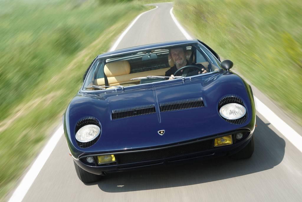 Lamborghini miura описание. lamborghini miura: как побить ferrari, не отвлекаясь от выпуска тракторов. техническое оснащение и характеристики lamborghini miura