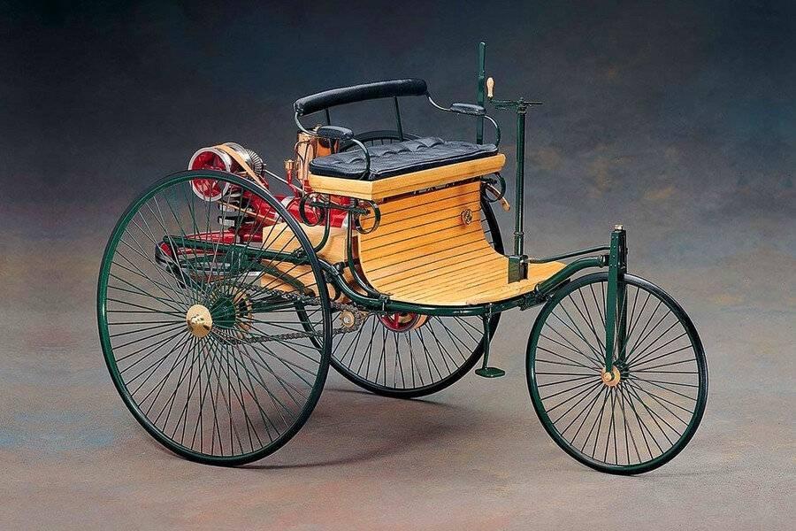 Как на самом деле был устроен первый автомобиль. история создания первого автомобиля в мире